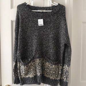 BRAND NEW URBAN OUTFITTERS GREY SWEATER